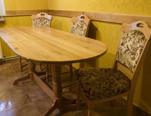 Masă cu scaune dining